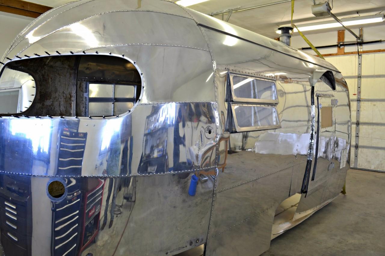 Restoration 1950 Clipper Airstream Varr