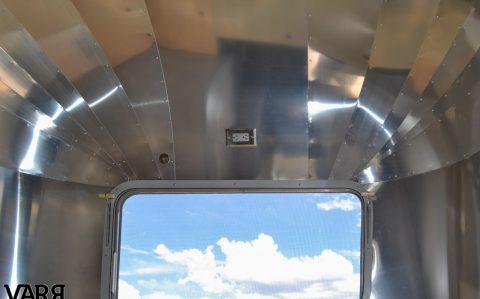 Restoration 1975 Sovereign Airstream Varr