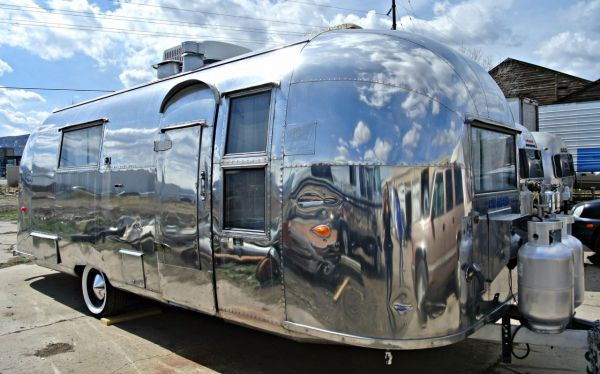 1959 Tradewind Airstream 26 Single Axle