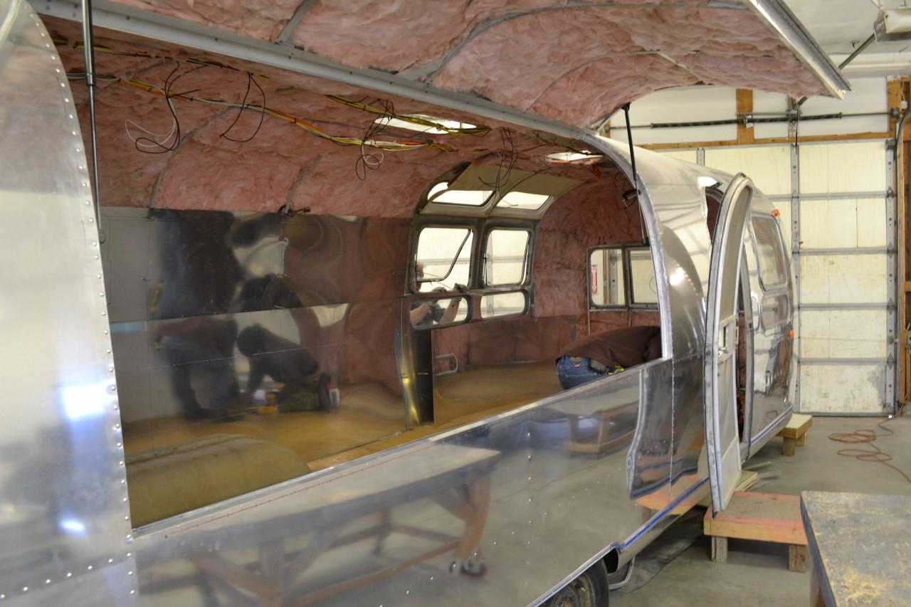 Restoration 1970 Sovereign Airstream Varr